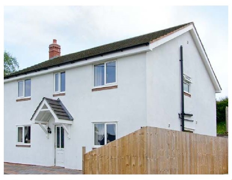 Click here for more about Sandystone Cottage