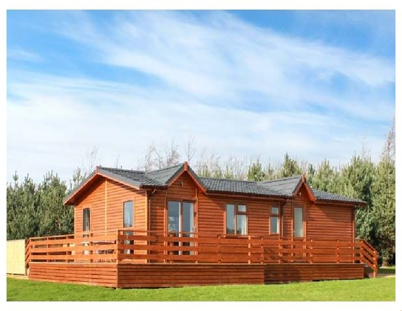 Click here for more about Callow Lodge 2