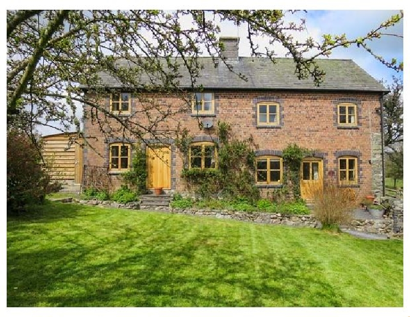 Click here for more about Byrdir Cottage