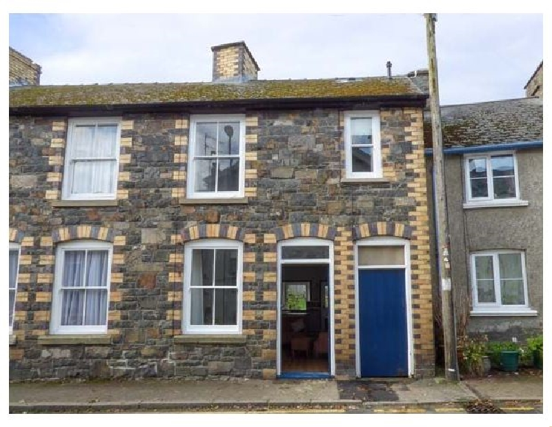 Click here for more about Delfryn Cottage