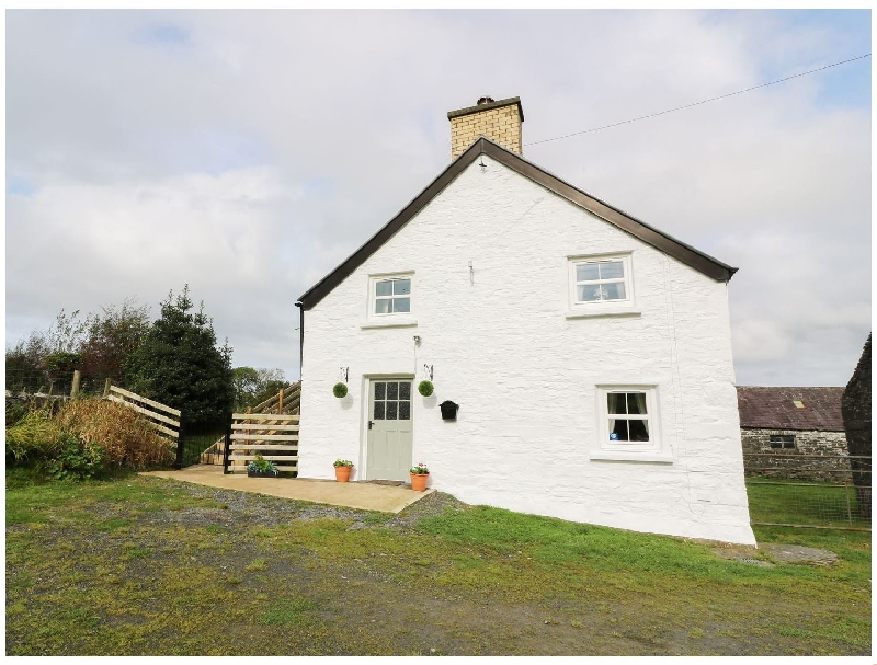 Click here for more about Penglanowen Fawr