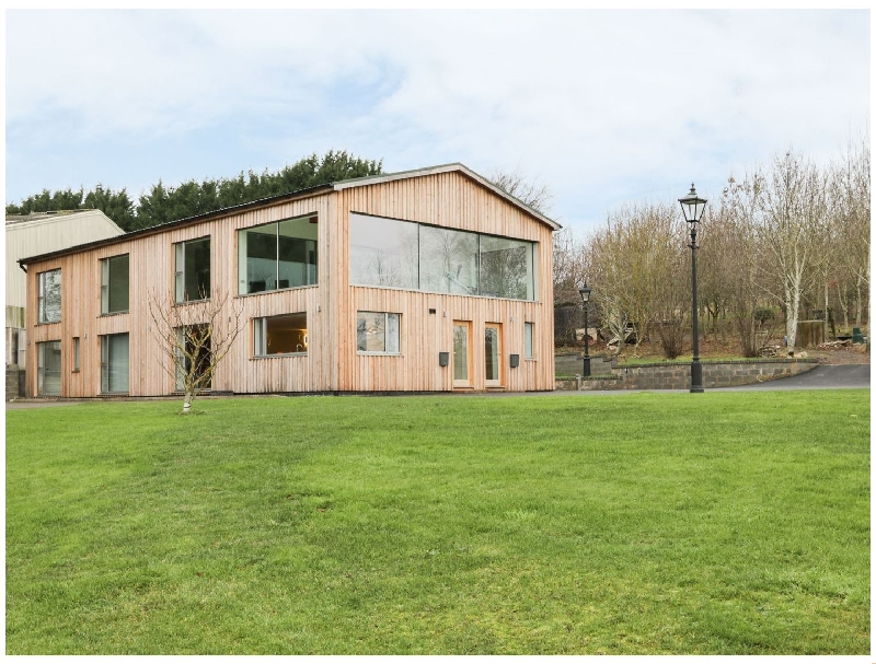 Click here for more about Little Broomcroft