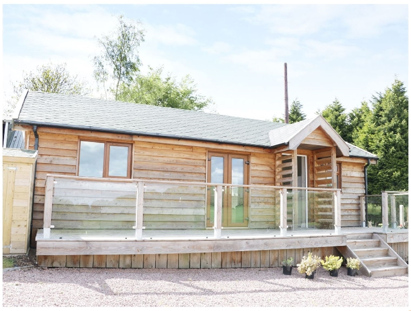 Click here for more about Hill View Lodge 2