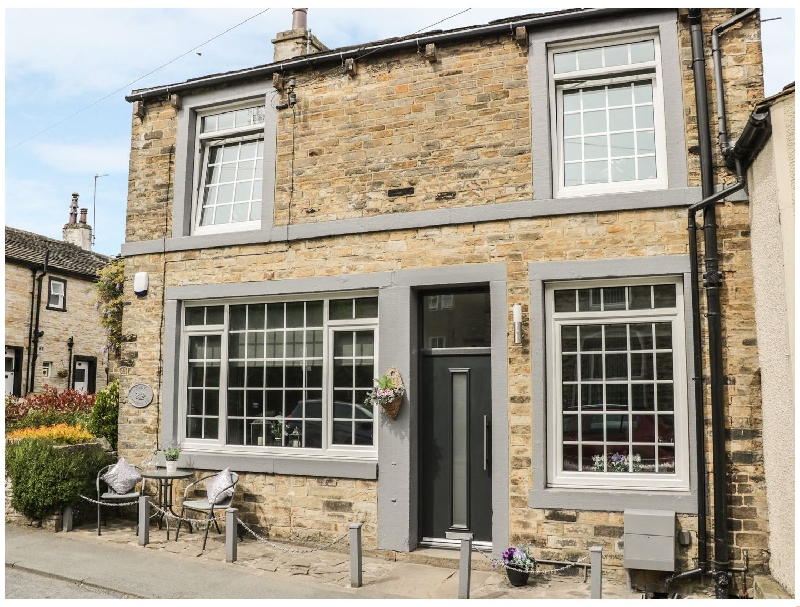 Click here for more about York Cottage