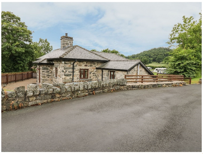 Click here for more about Glanllyn Lodge
