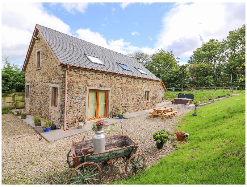 Click here for more about Penlan Barn
