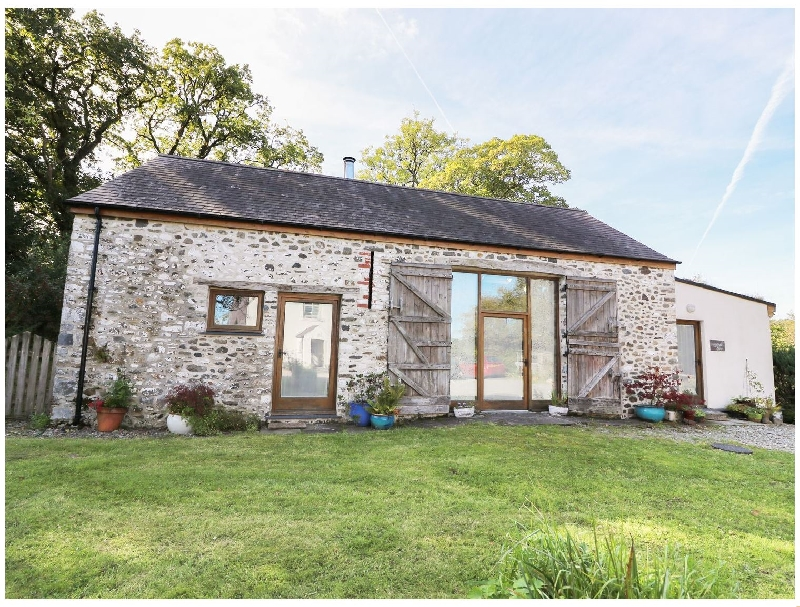 Click here for more about Llwynbwch Barn