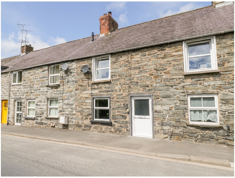 Welsh holiday cottages - 9 Tyn Y Groes
